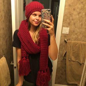 MEXX Matching Hat & scarf set